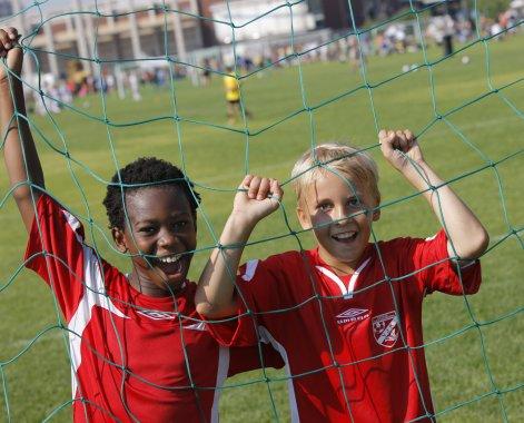 Miten lapsen oikeudet toteutuvat liikunnassa ja urheilussa?