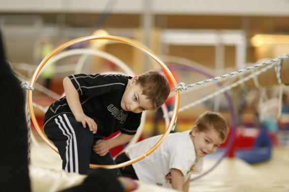 Lasten ja nuorten liikuttaminen ei ole yksin koulun tehtävä