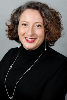Mina Mojtahedi
